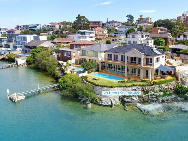 29 Hezlet St, Chiswick, is in a prime location on the waterfront