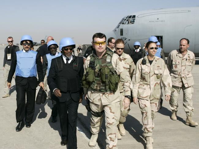 United Nations Secretary General Kofi Annan being escorted by USA soldiers upon his arrival in Baghdad, Iraq 12 Nov 2005. Picture: AFP