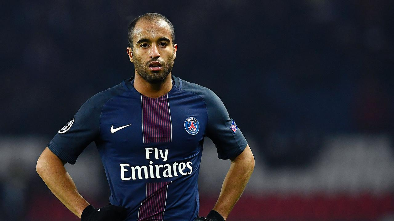Moura in his PSG days