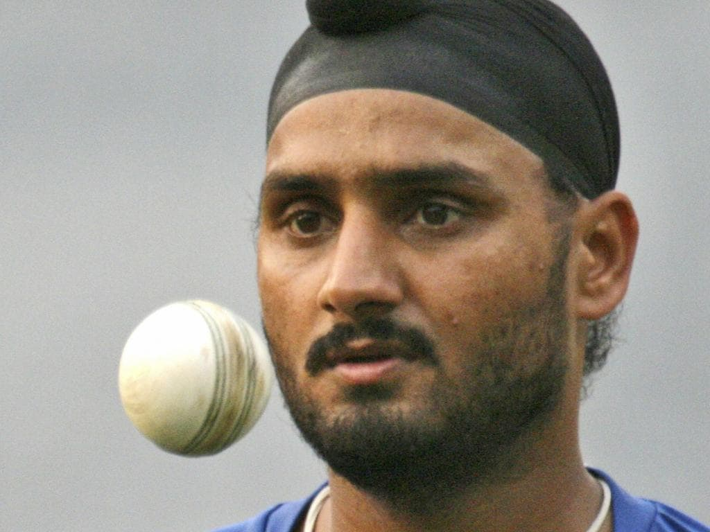 Indian cricketer Harbhajan Singh during a practice session in Calcutta, India 06/02/2007.