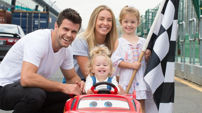 Trent Cotchin with wife Brooke and children Harper and McKenzie.