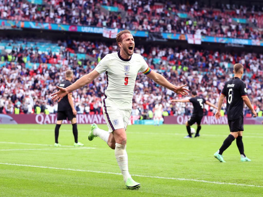 All hail captain Kane.
