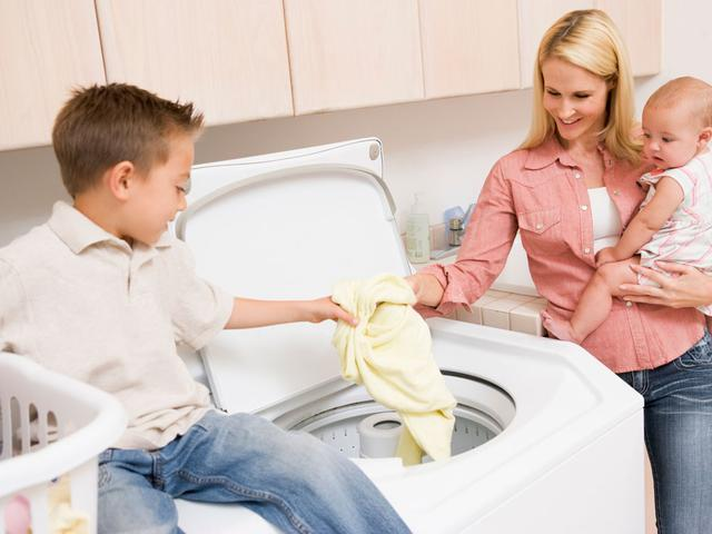 kid-washingcrop-jpg-20151201135133.jpg