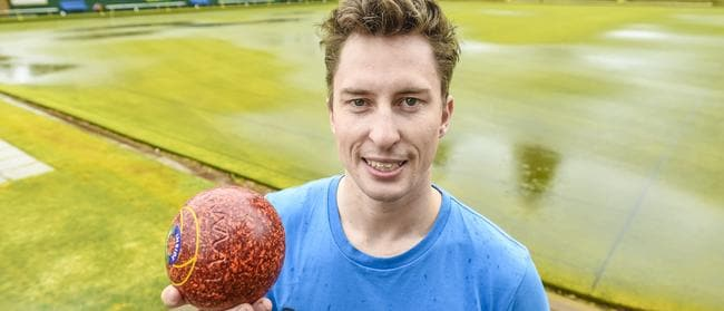 Henley Bowling Club is hosting a fundraiser this Sunday for Eye Play Sport - an organisation for the vision impaired. Paralympian Kieran Murphy will be there on the day taking part. Picture: AAP/Roy VanDerVegt