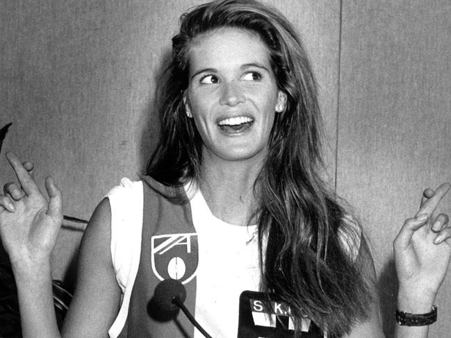 Aussie supermodel Elle Macpherson was the St Kilda Football Club's No. 1 female member in 1990.