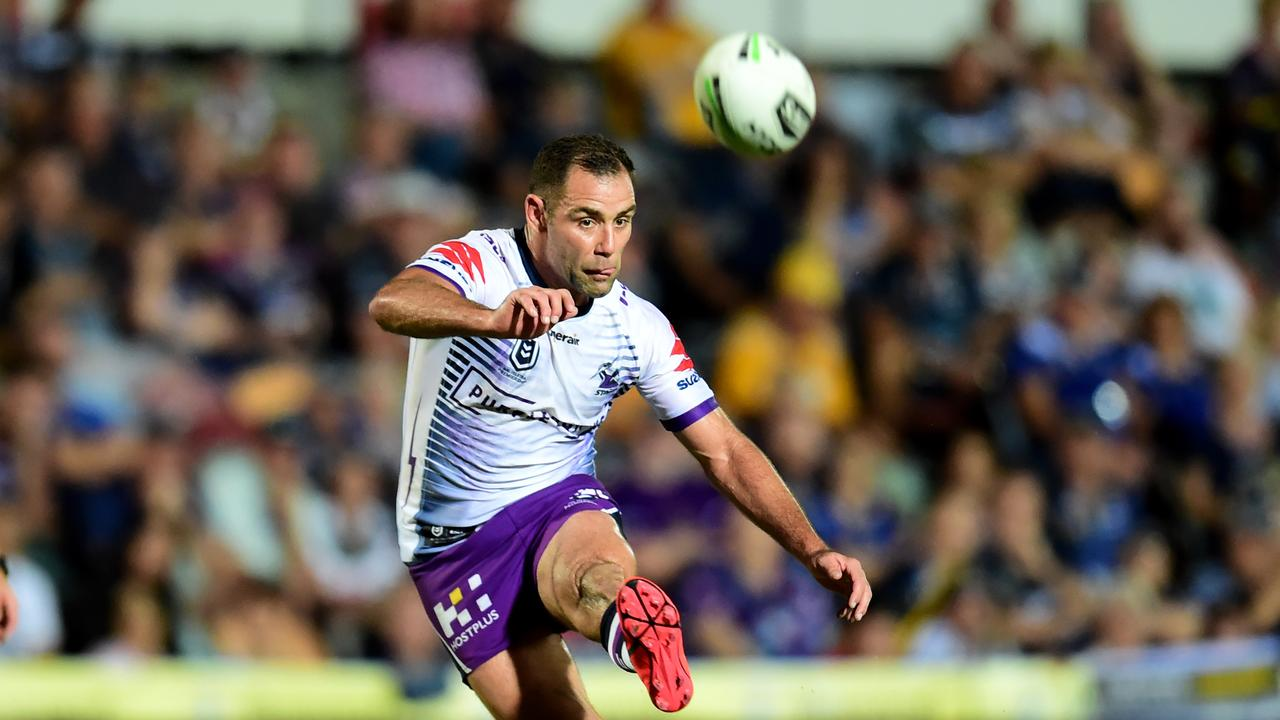 Cameron Smith breaks the all-time pointscorer record with a penalty goal. Picture: Alix Sweeney