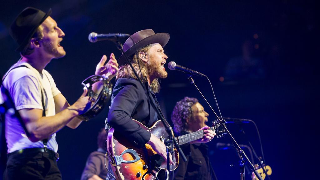 The Lumineers Have Us Bobbing On A Wave Of Adoration News Local