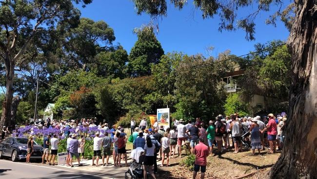 A crowd estimated at more than 200 people witnessed the auction at 212 Mountjoy Parade, Lorne.