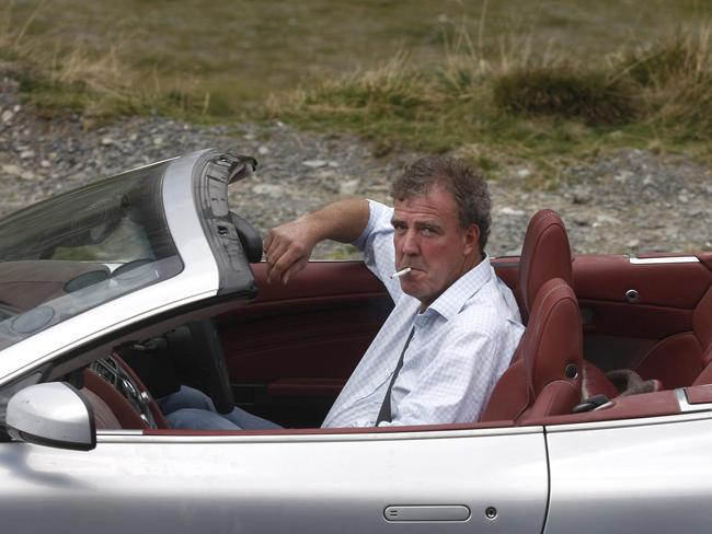 jeremy clarkson thousands sign petition demanding top gear host be reinstated. Black Bedroom Furniture Sets. Home Design Ideas