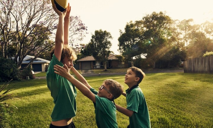 Kids should learn the value of good sportsmanship from an early age. Image: iStock