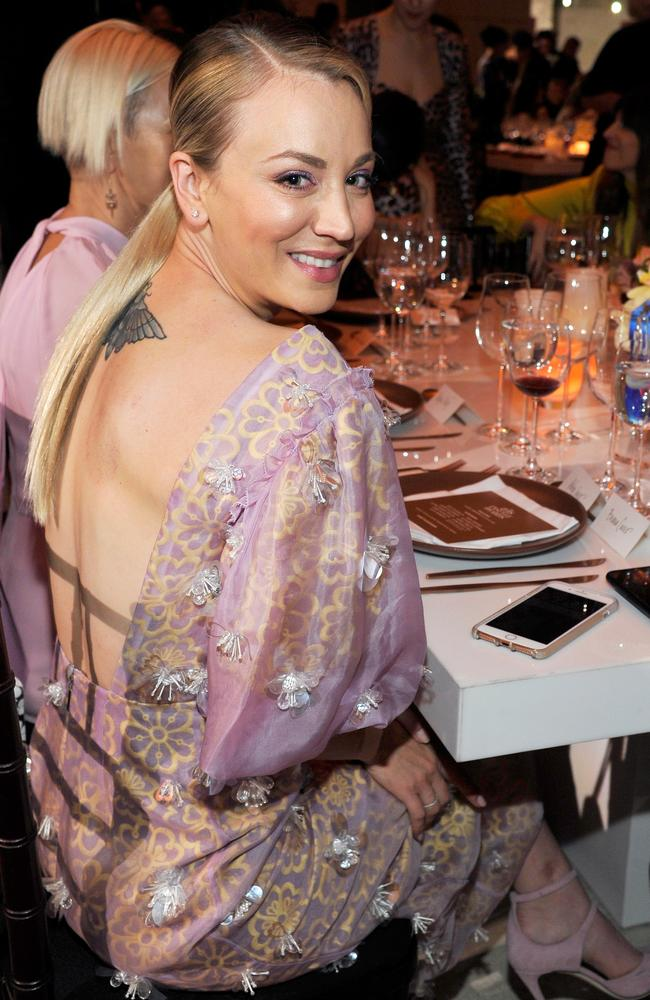 Cuoco showed off her back tattoo. Picture: John Sciulli/Getty Images for FIJI Water