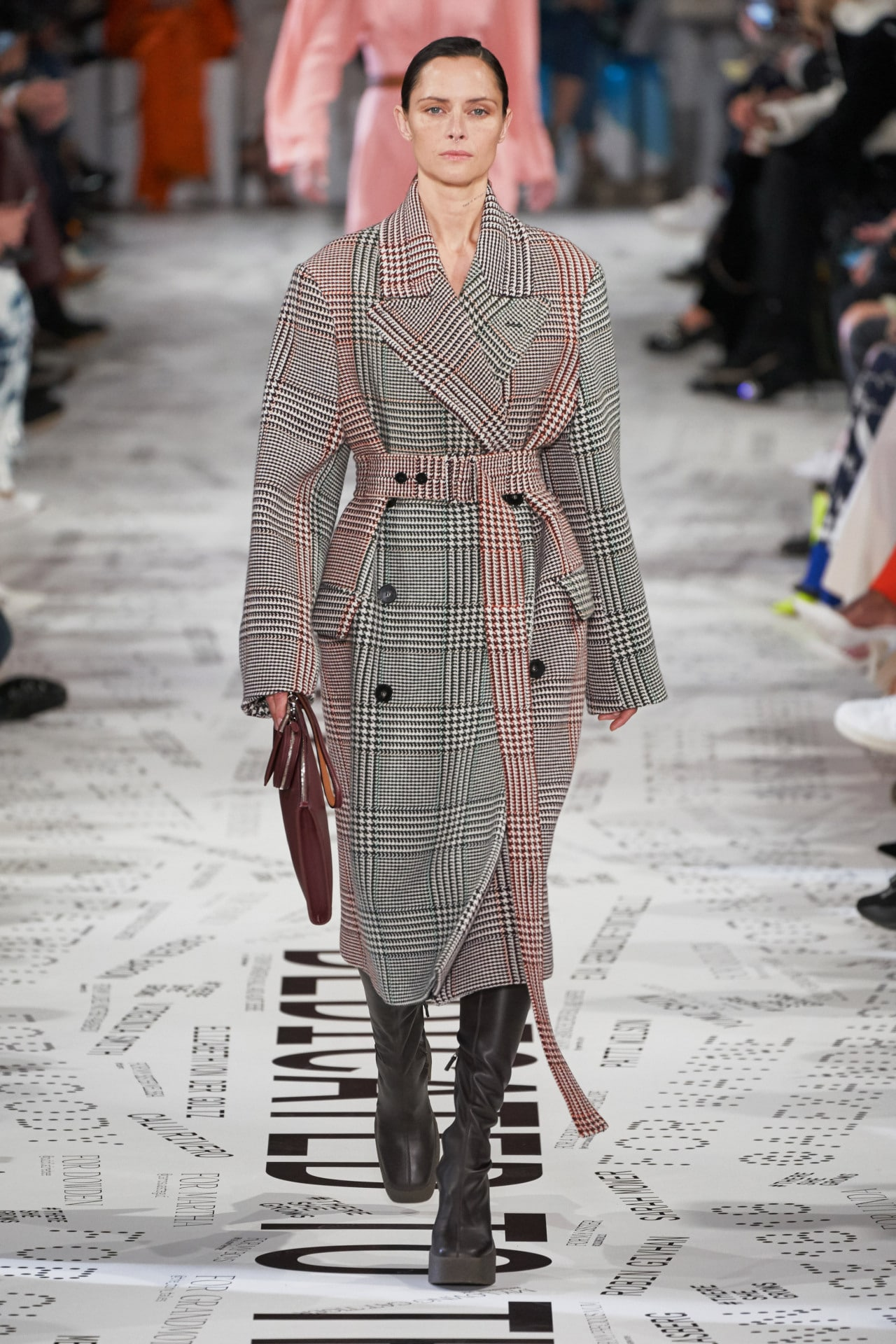 Stella McCartney ready-to-wear autumn/winter '19/'20. Image credit: Gorunway.com