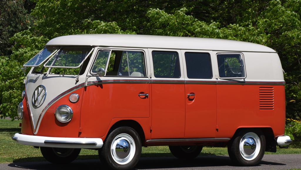 old vw kombi van sells for 158 000 to foreign collector the mercury. Black Bedroom Furniture Sets. Home Design Ideas