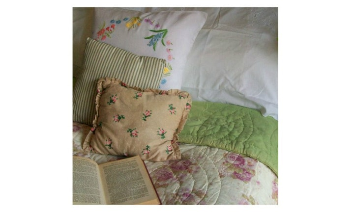 QUILTS: Even if your grandma couldn't sew, on every bed in the house there was a quilt. Not a doona in a doona cover, it was a proper quilted blanket. Source: Pinterest