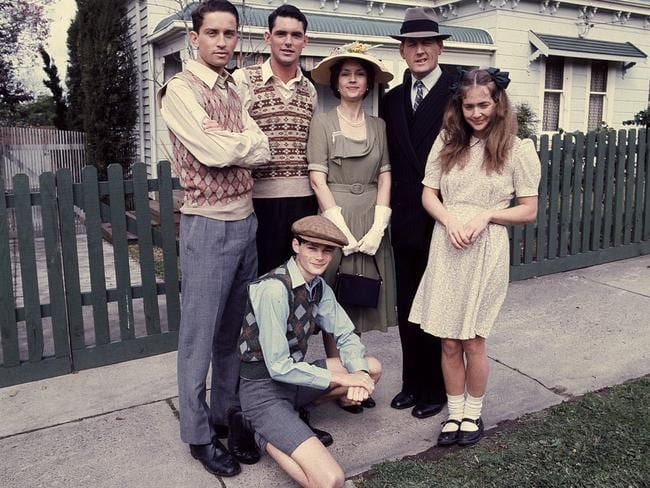 Hannaford (right) as Kitty on the set of the wartime Australian drama The Sullivans.