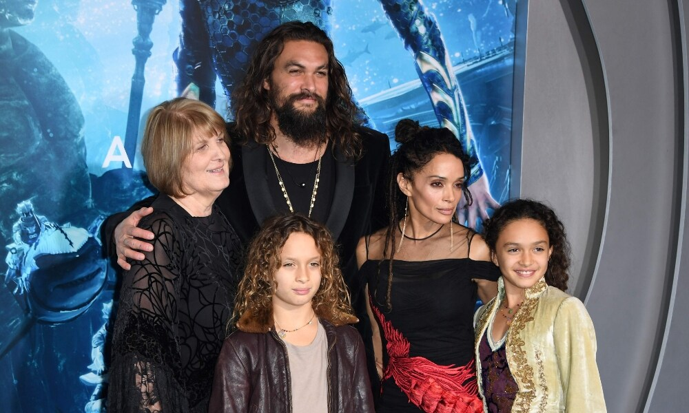 Aquaman does the haka with his kids and we can't cope