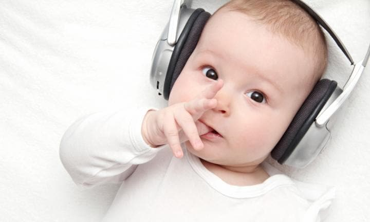 Hearing tests for babies at birth