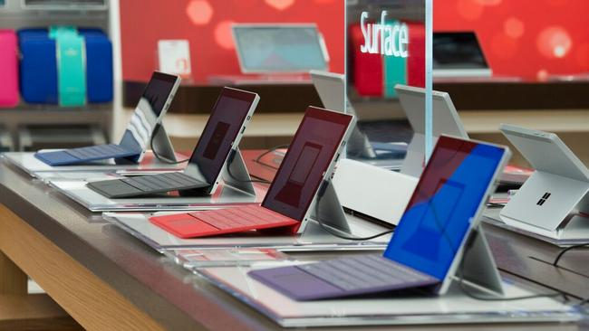 While having untethered products seems like a dangerous move, Microsoft has said the risks are outweighed by the ability to give customers an authentic experience with its products.