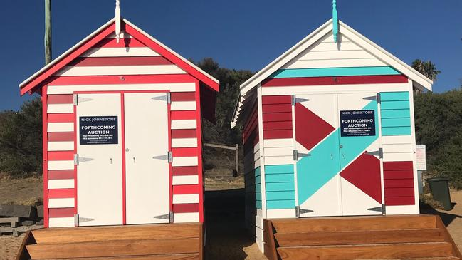 Bathing Box 76B (left) sold for $337,000, which was the record.