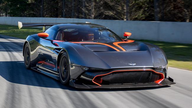 Aston Martin Vulcan >> Aston Martin Vulcan To Be Raced At Clipsal 500 Only Car