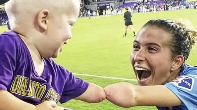 Incredible story behind 'photo of 2019'