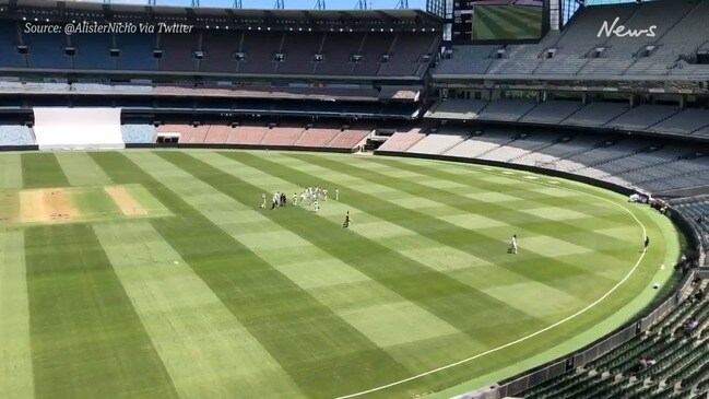Players leave field as MCG pitch deemed unsafe