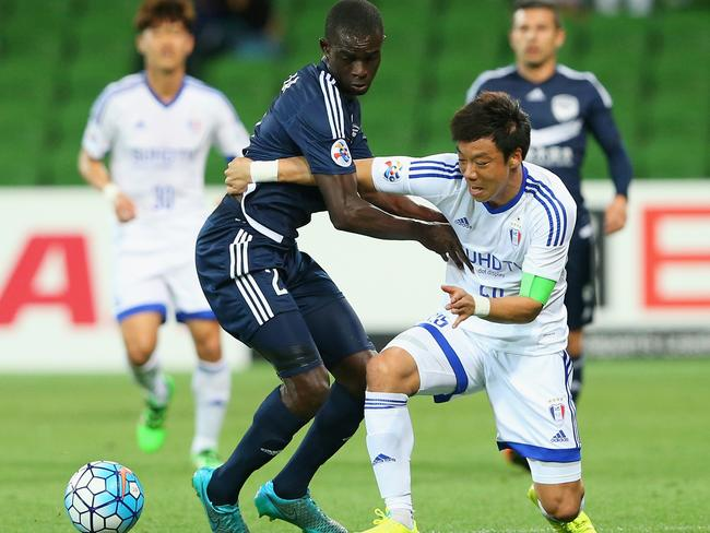Jason Geria in action for Melbourne Victory in their ACL match.