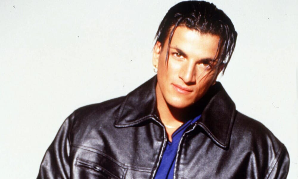 15/10/1997 PIRATE: Singer Peter Andre. Andre/Singer P/