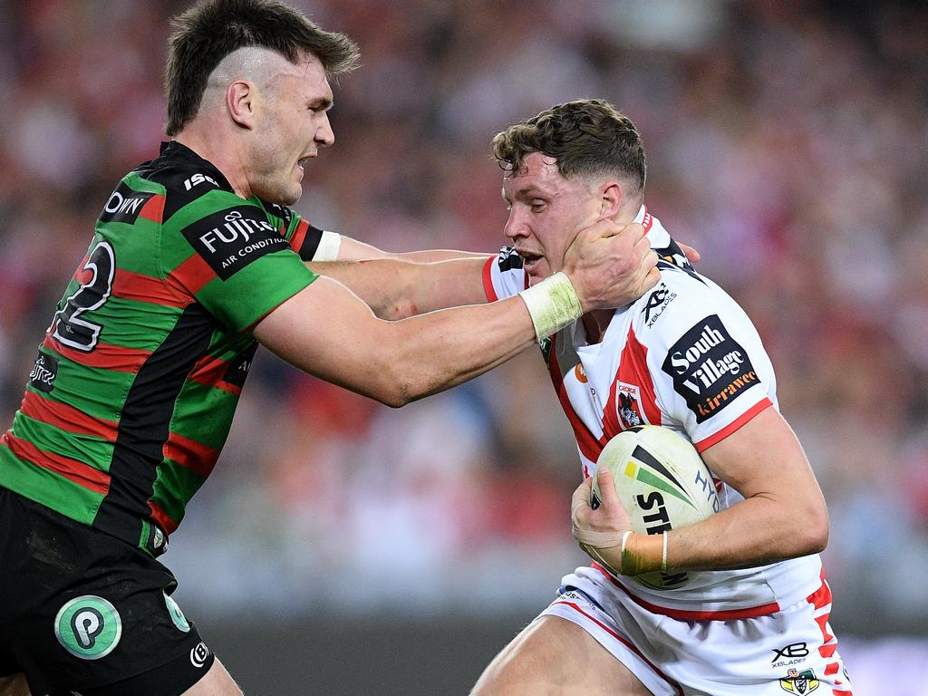 Kurt Mann of the Dragons is tackled by Angus Crichton of the Rabbitohs during the Second Semi Final between the South Sydney Rabbitohs and the St George-Illawarra Dragons in Week 2 of the NRL Finals Series at ANZ Stadium in Sydney, Saturday, September 15, 2018. (AAP Image/Dan Himbrechts) NO ARCHIVING, EDITORIAL USE ONLY