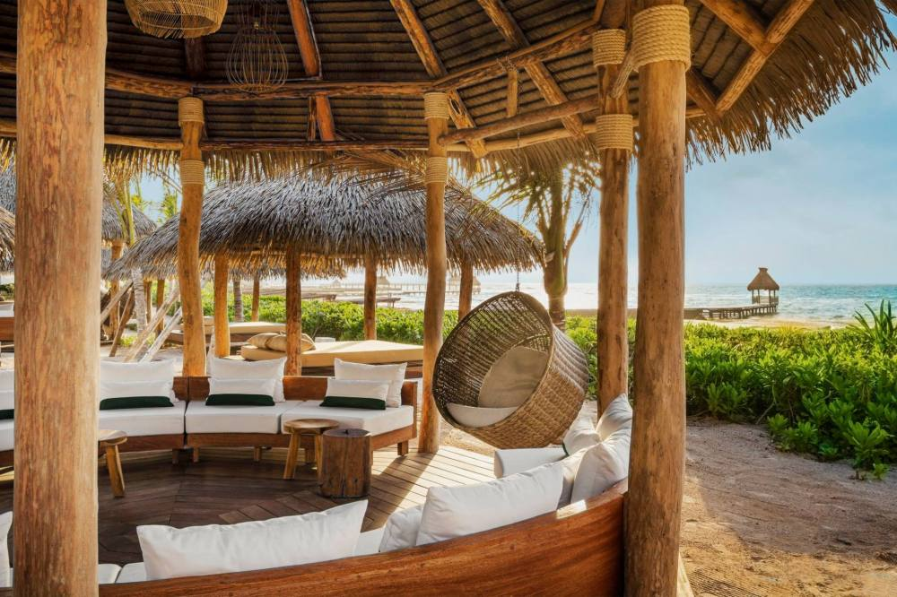 Dream job alert: someone will pay you $164,000 a year to holiday in Mexico