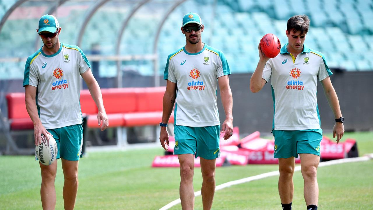 Mitchell Starc will need to regain his form in South Africa or he'll come under pressure from James Pattinson again.