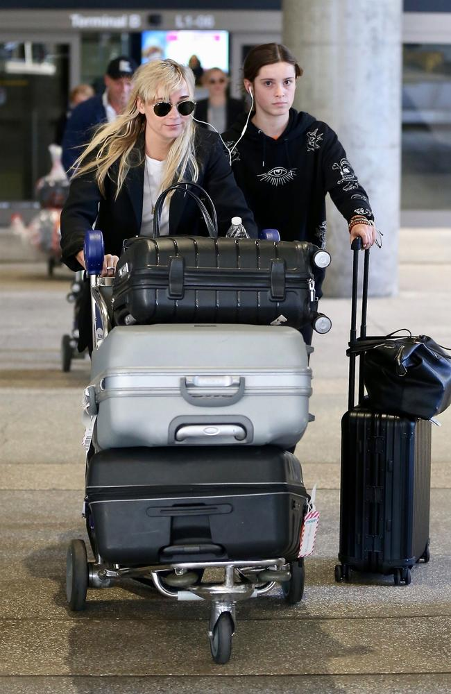 Jade Yarbrough with Stefanovic's daughter Ava arriving at LAX ahead of the wedding. Picture: Backgrid
