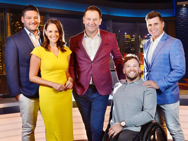 The cast of the new Channel 9 Footy Show couldn't save it.