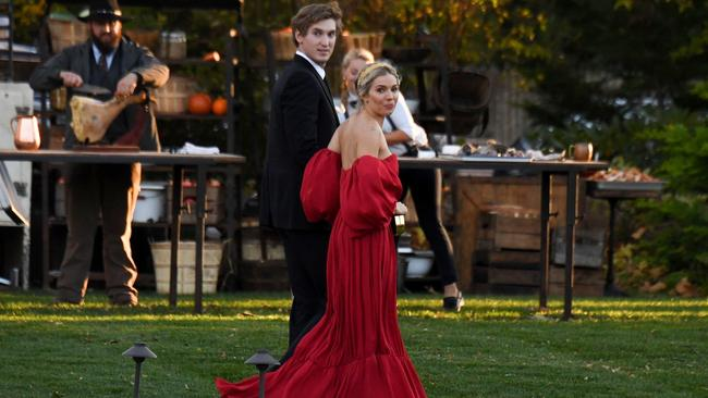 Sienna Miller wearing a lavish red gown. Picture: JosiahW/Backgrid