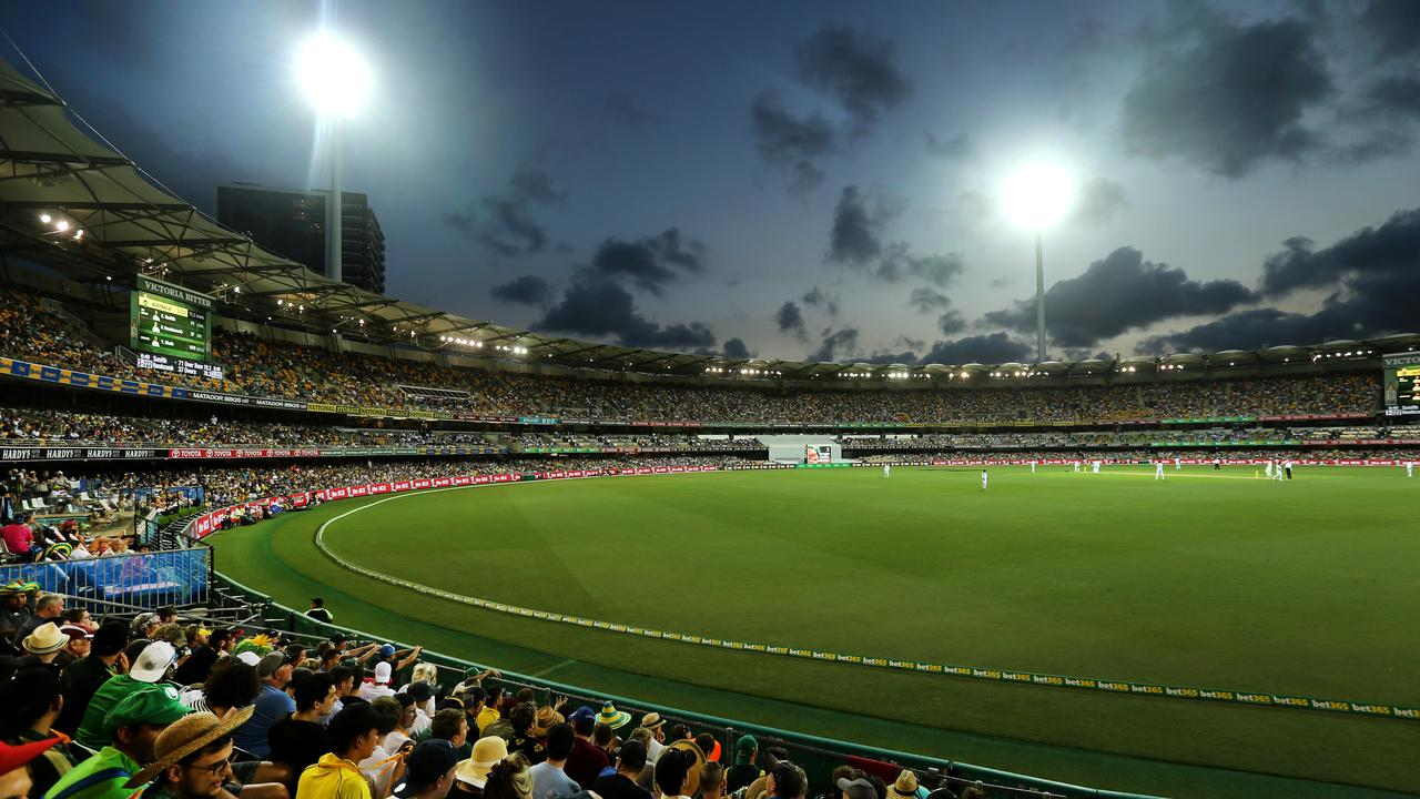 Australia v Pakistan in a day-night test at the Gabba. Photo: Jono Searle.