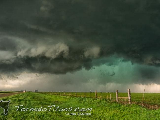 Bold blue: A supercell thunderstorm near Dumas, Texas, in March 2010. Picture: Chris Sanner