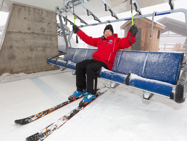 Mt Buller will open the season early on 1 June with a new chairlift and free skiing for the first day of winter.