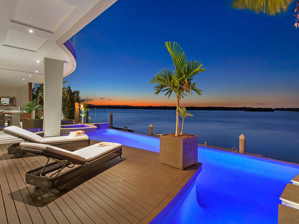 "<span class=""h2"">SOVEREIGN ISLANDS </span>7 Knightsbridge Parade West Sovereign Islands Price: $5.1 million Sold: 30 November, 2015Agent: Chris Moyer, Professionals Vertullo Real Estate HIGH-PROFILE equestrian couple Ken Dowsett and Linda Spratley splashed out on a mansion in the city's luxury island enclave at Sovereign Islands. Palms and stone features give the three-level home a contemporary feel its facade — a mix of differing angles and materials commands attention. Inside, the kitchen has Gaggenau appliances and butlers' pantry while the seamless living and dining spaces encompass stunning water views. There is 20m of water frontage with a 12m pontoon and direct ocean access."