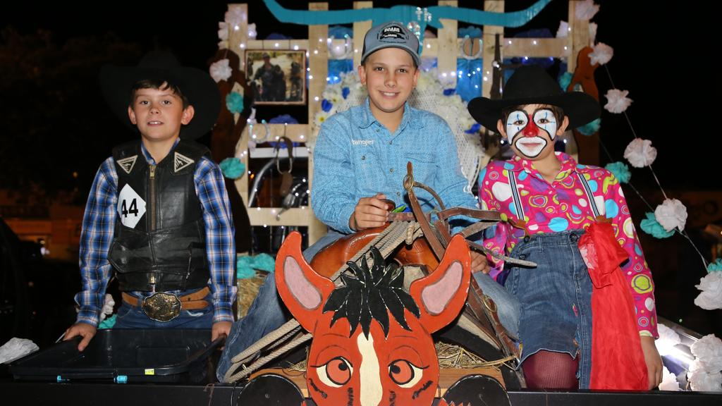 Mareeba Rodeo 16 Year Old Kayla Amos Crowned 2019 Queen