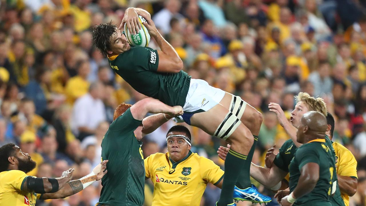 Eben Etzebeth of the Springboks takes the lineout during a Rugby Championship match.