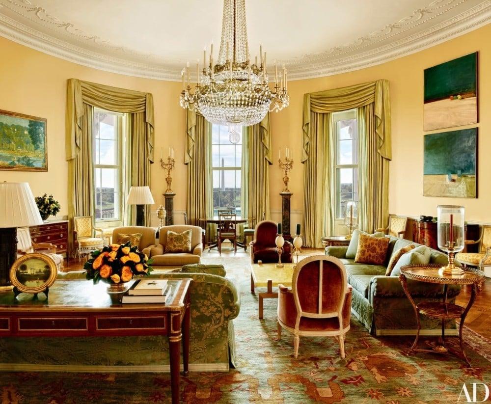 Michael s smith meet the white house s interior designer vogue australia for Show home interior design jobs