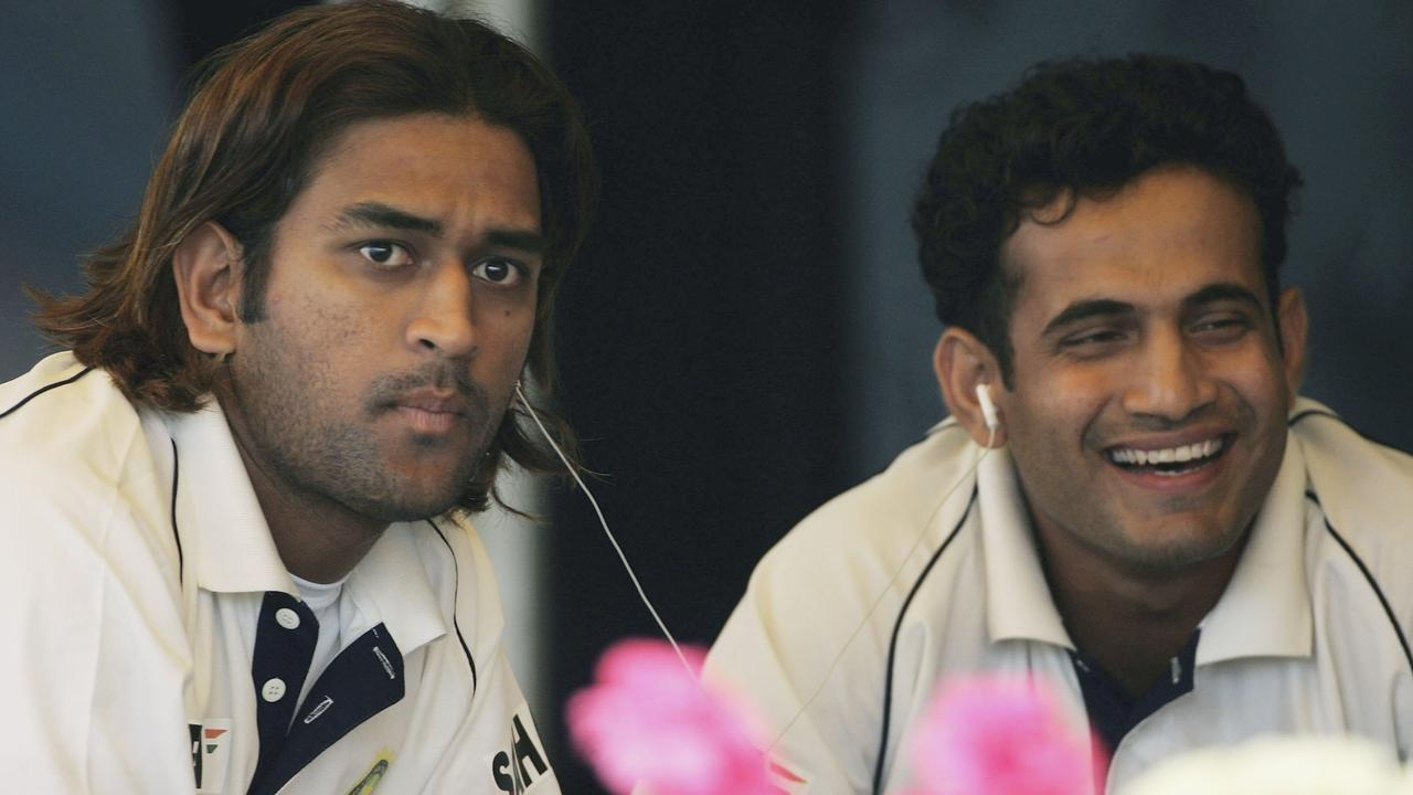 Mahendra Dhoni and Irfan Pathan in 2006 (Photo by Tom Shaw/Getty Images)