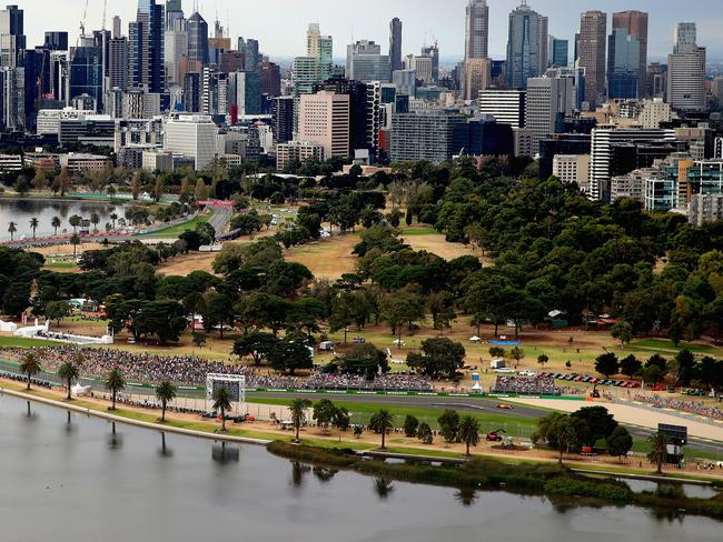 F1: Albert Park track change wouldn't have fixed overtaking
