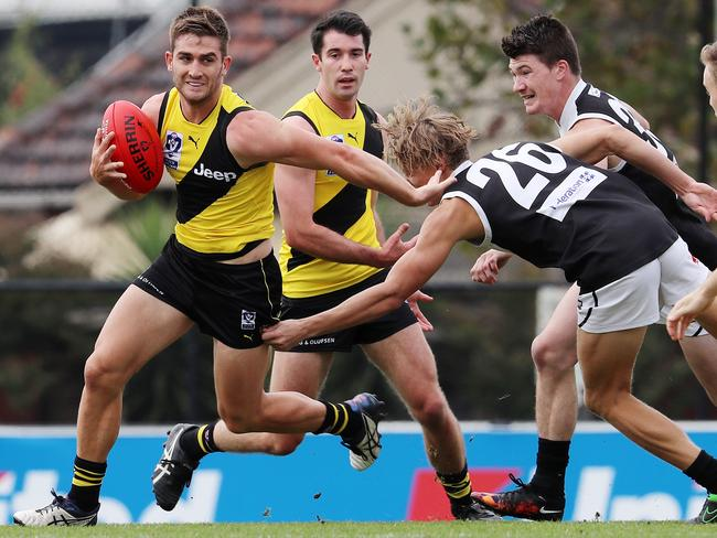 Anthony Miles in action for Richmond's VFL side.