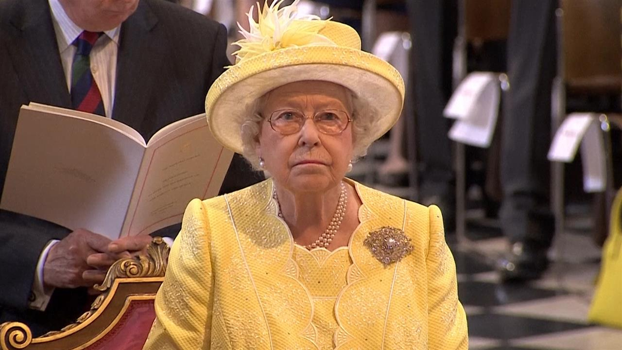 Tony Abbott said Queen wanted knighthood for Prince Philip ...