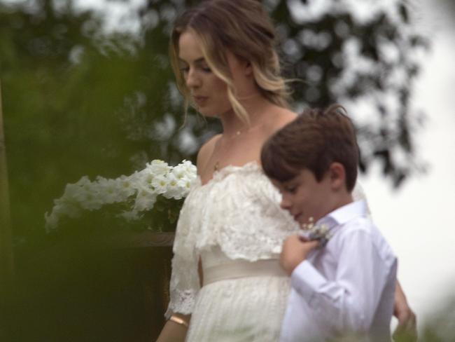 Margot Robbie Wedding.Margot Robbie Gets Married To Tom Ackerley In Secret