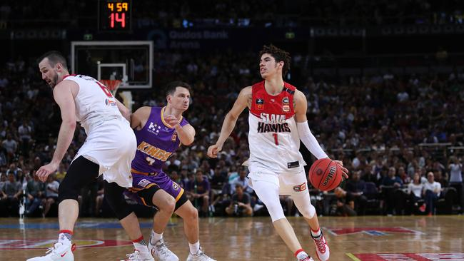 The NBL saw a record crowd as LaMelo Ball's Illawara Hawks took on Andrew Bogut's Sydney Kings.