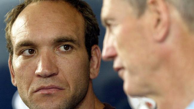 Brisbane captain Gorden Tallis with coach Wayne Bennett in 2003. Pic David Kapernick.