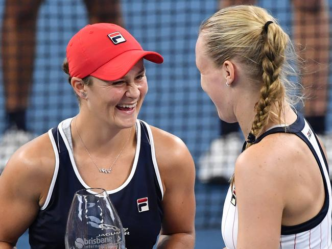 Ashleigh Barty and Kiki Bertens with their runners up trophy
