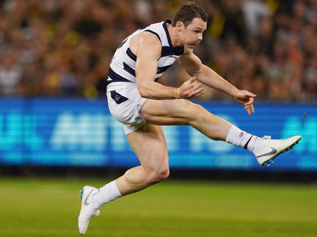 Patrick Dangerfield of the Cats kicks the ball during the First Preliminary Final match between the Richmond Tigers and the Geelong Cats in Week 3 of the AFL Finals Series at the MCG in Melbourne, Friday, September 20, 2019. (AAP Image/Michael Dodge) NO ARCHIVING, EDITORIAL USE ONLY